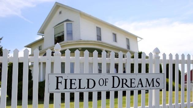 getty_field_of_dreams_house_08162021